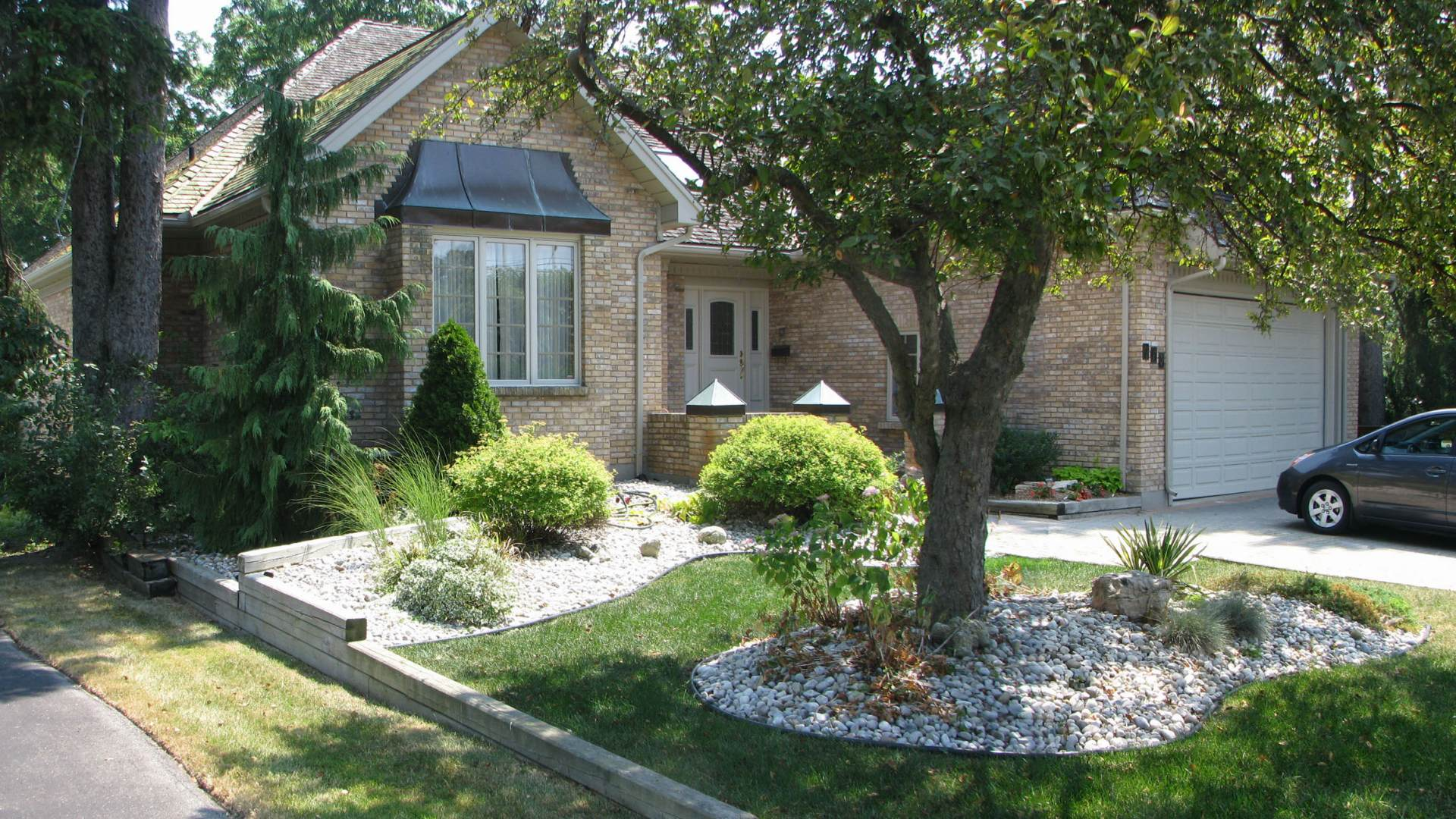 Work front yard redesign old south landscape professionals for Redesigning the front of your house